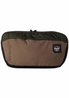 Herschel Supply Co. Tour Medium