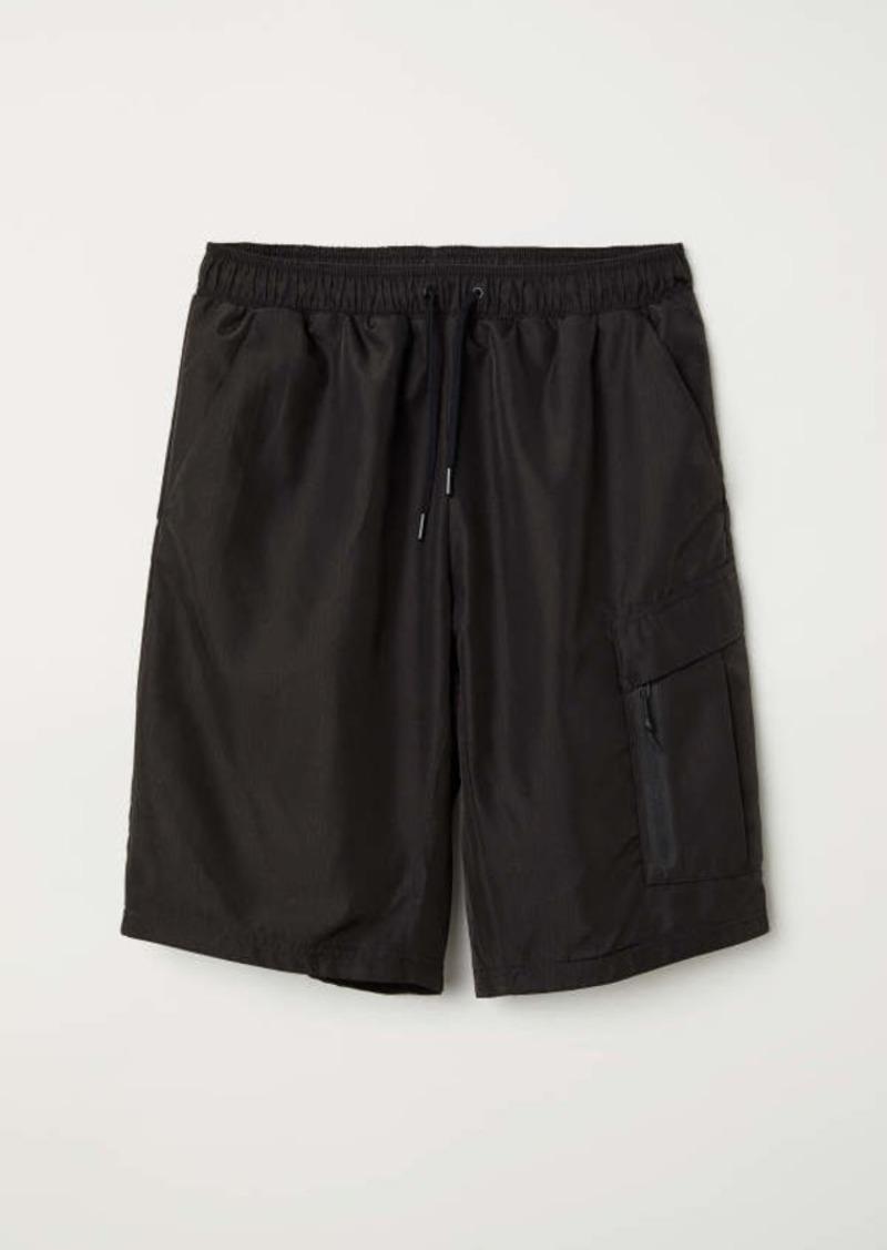 b3961abfb6 H&M H & M - Cargo Shorts - Black - Men   Athletic Pants