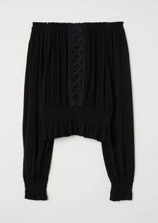 H&M H & M - Blouse with Wide Neckline - Black