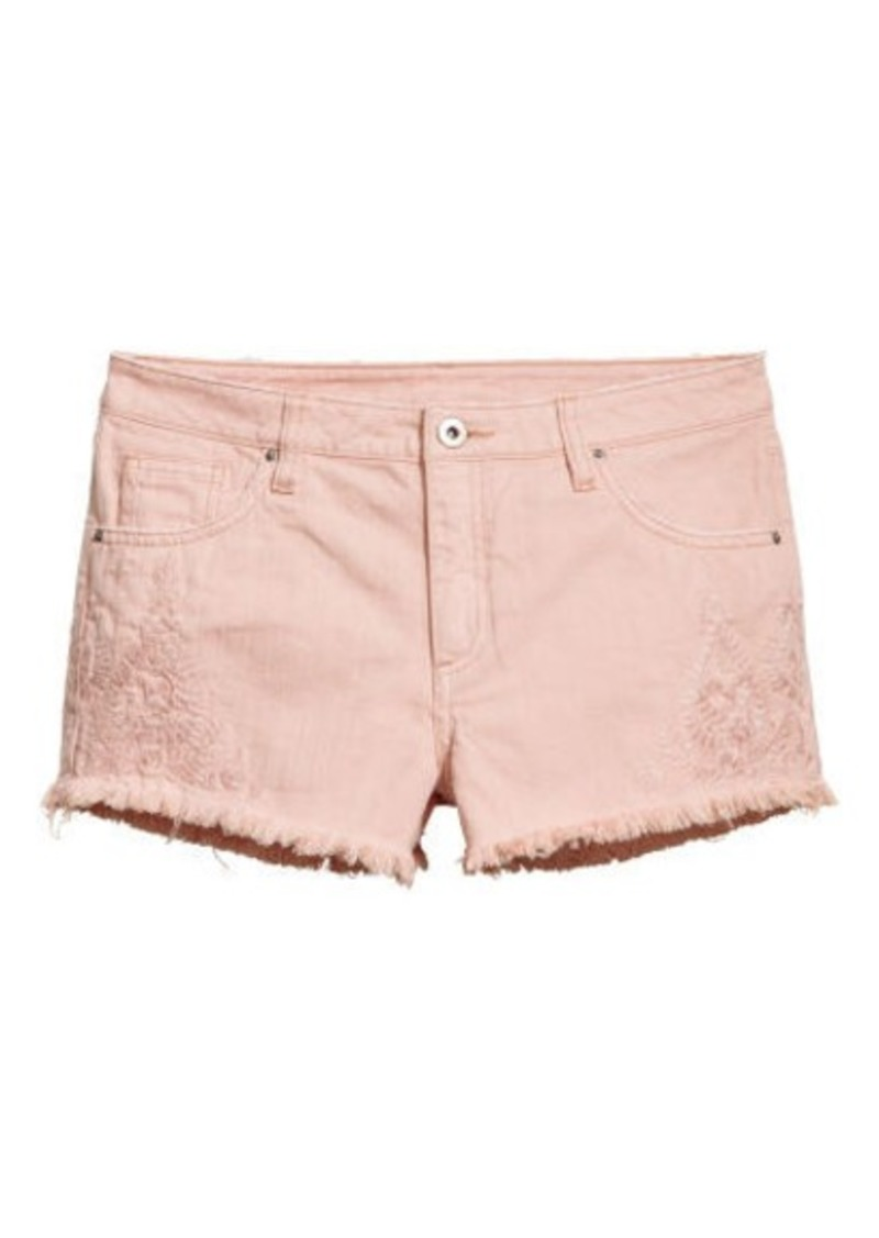 4b9b67090 H&M H & M - Embroidered Denim Shorts - Pink | Shorts