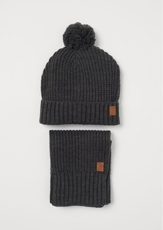 H&M H & M - Hat and Scarf - Gray