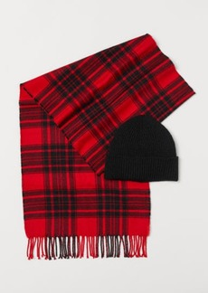 H&M H & M - Hat and Scarf - Red