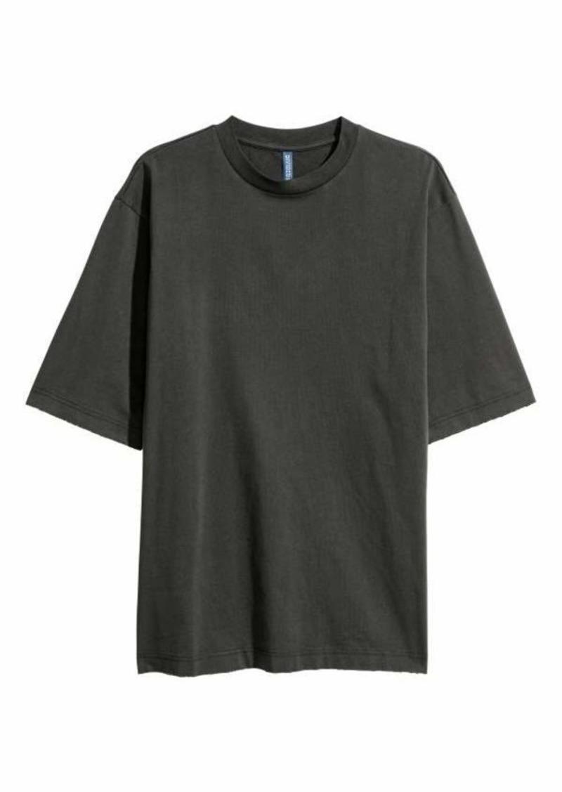 oversized t shirt h