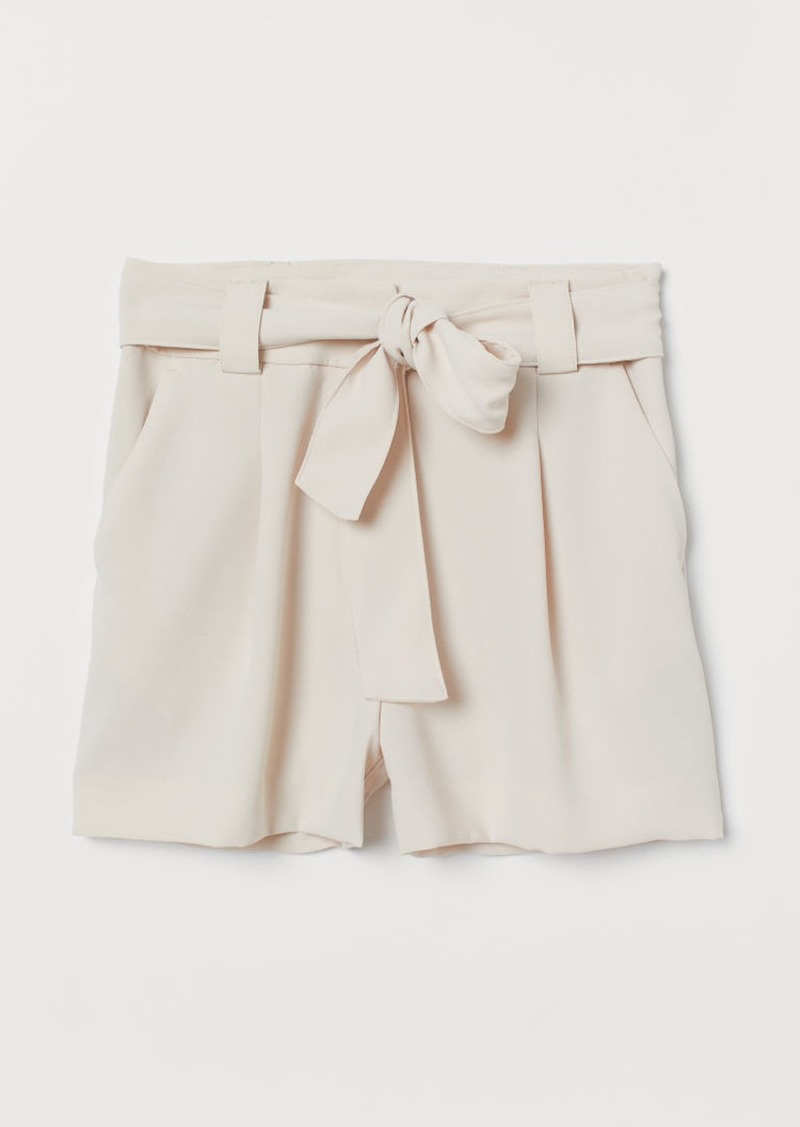 H&M H & M - Shorts with Tie Belt - Beige