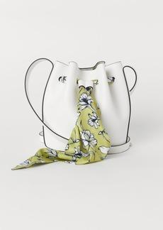 H&M H & M - Small Bucket Bag - White