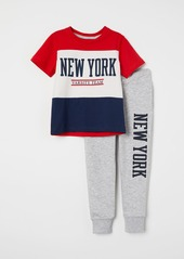 H&M H & M - T-shirt and Joggers - Red