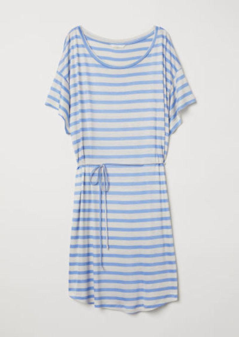 3ec370efc H&M H & M - T-shirt Dress with Tie Belt - Brown   Dresses