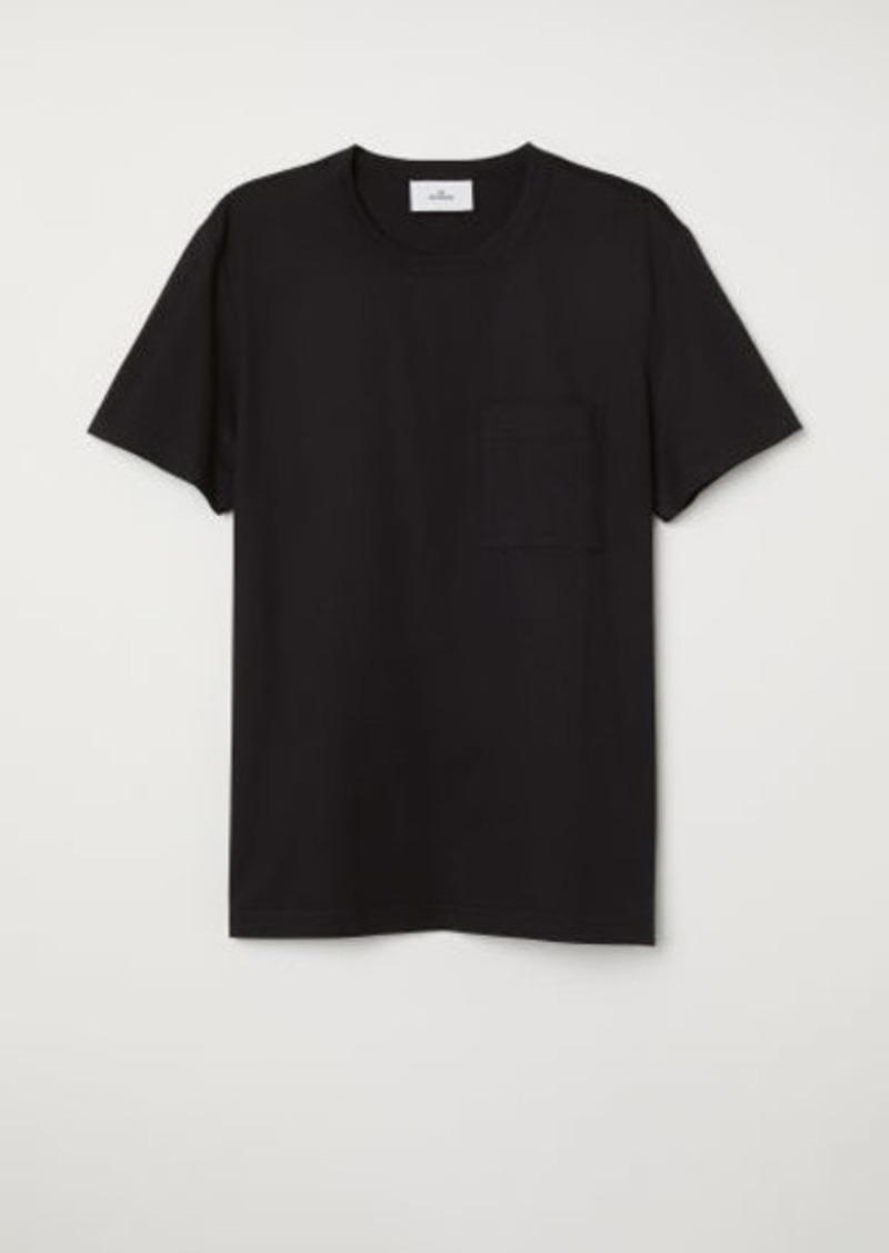 H&M H & M - T-shirt with Chest Pocket - Black