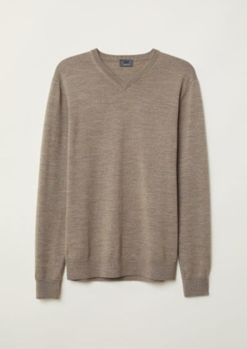 H&M H & M - V-neck Merino Wool Sweater - Beige