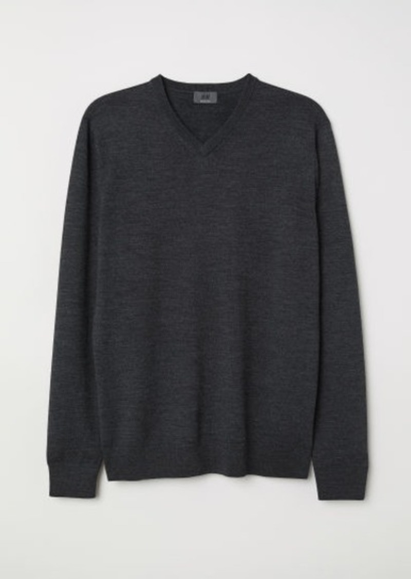 H&M H & M - V-neck Merino Wool Sweater - Gray