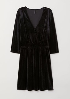ad2ae3c9fe0b6 H&M H & M - Velvet Wrap Dress - Black | Dresses