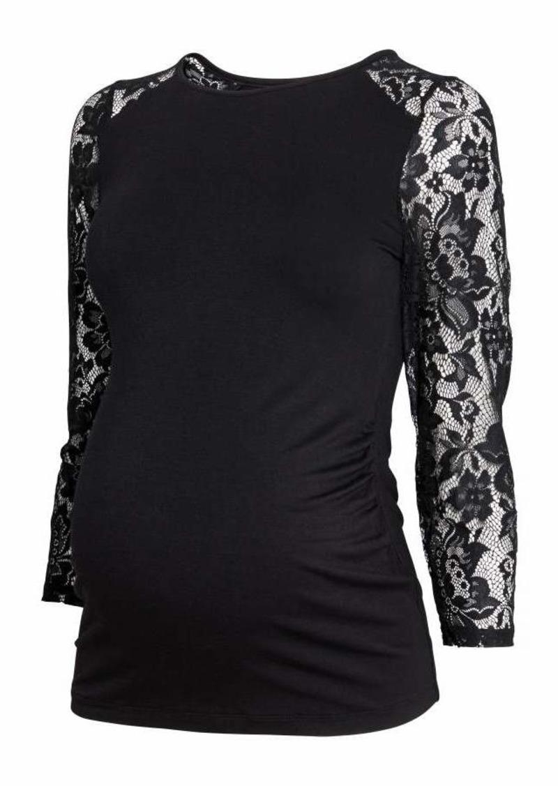 69eb19fb5aa4f H&M H & M - MAMA Jersey Top with Lace - Black - Women | Casual Shirts
