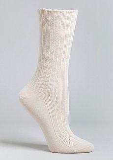 HUE + Scalloped Pointelle Crew Socks