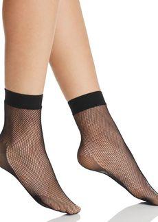 HUE Sporty Fishnet Ankle Socks