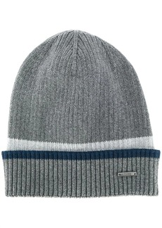 Hugo Boss logo-plaque knit beanie
