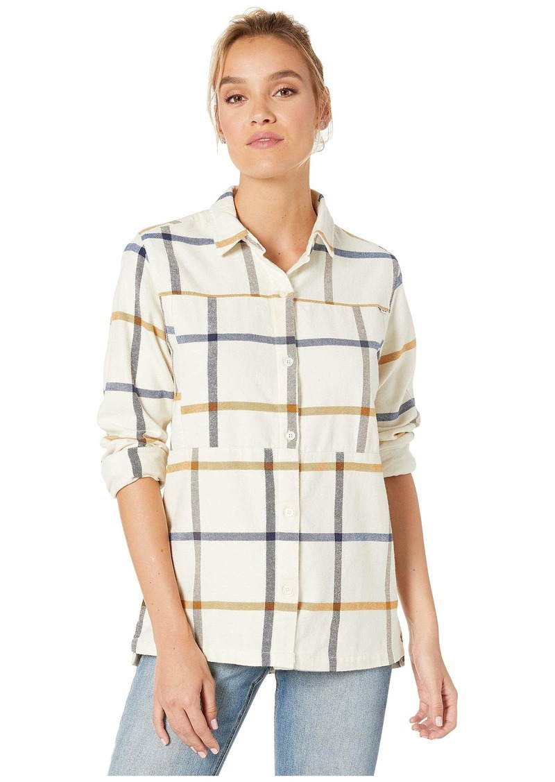 Hurley Women's Apparel Women's Wilson Plaid Flannel Button Down Shirt  XL