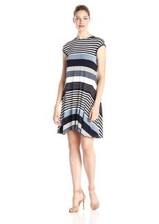 Ivy & Blu Women's Short Sleeve Stripe Asymetircal Circle Hem