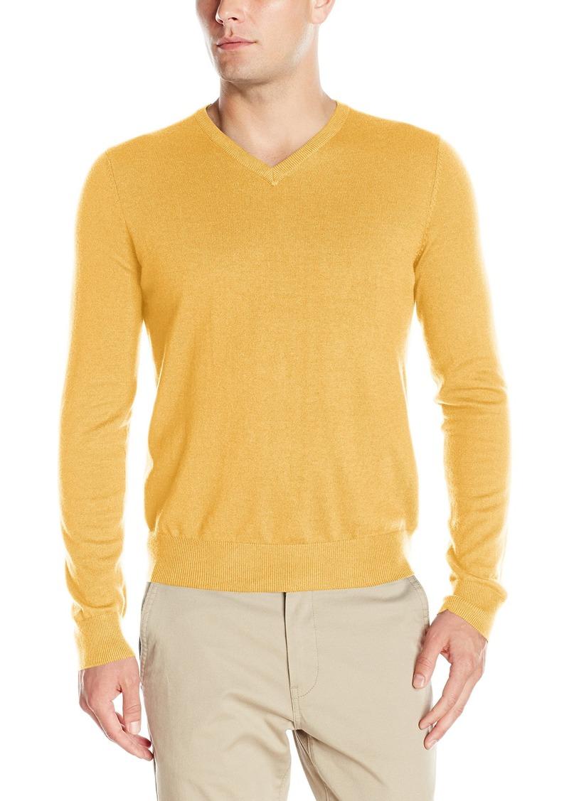 6069923f072 Izod IZOD Men s Fine Gauge Solid V-neck Sweater