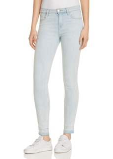 J Brand 620 Mid Rise Super Skinny Jeans in Blurred