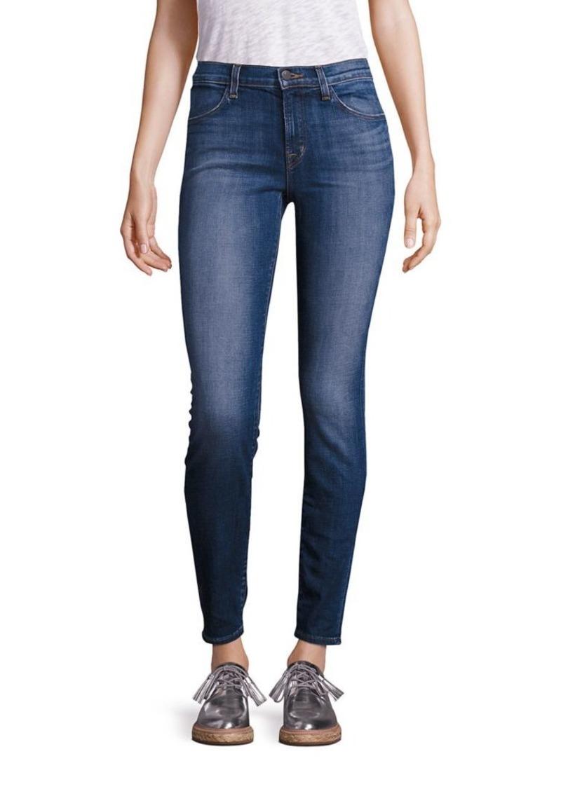 J Brand 620 Mid Rise Super Skinny Medium Wash Jeans