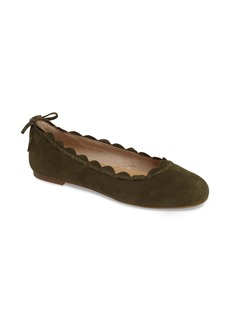 Jack Rogers Lucie Scalloped Flat (Women)