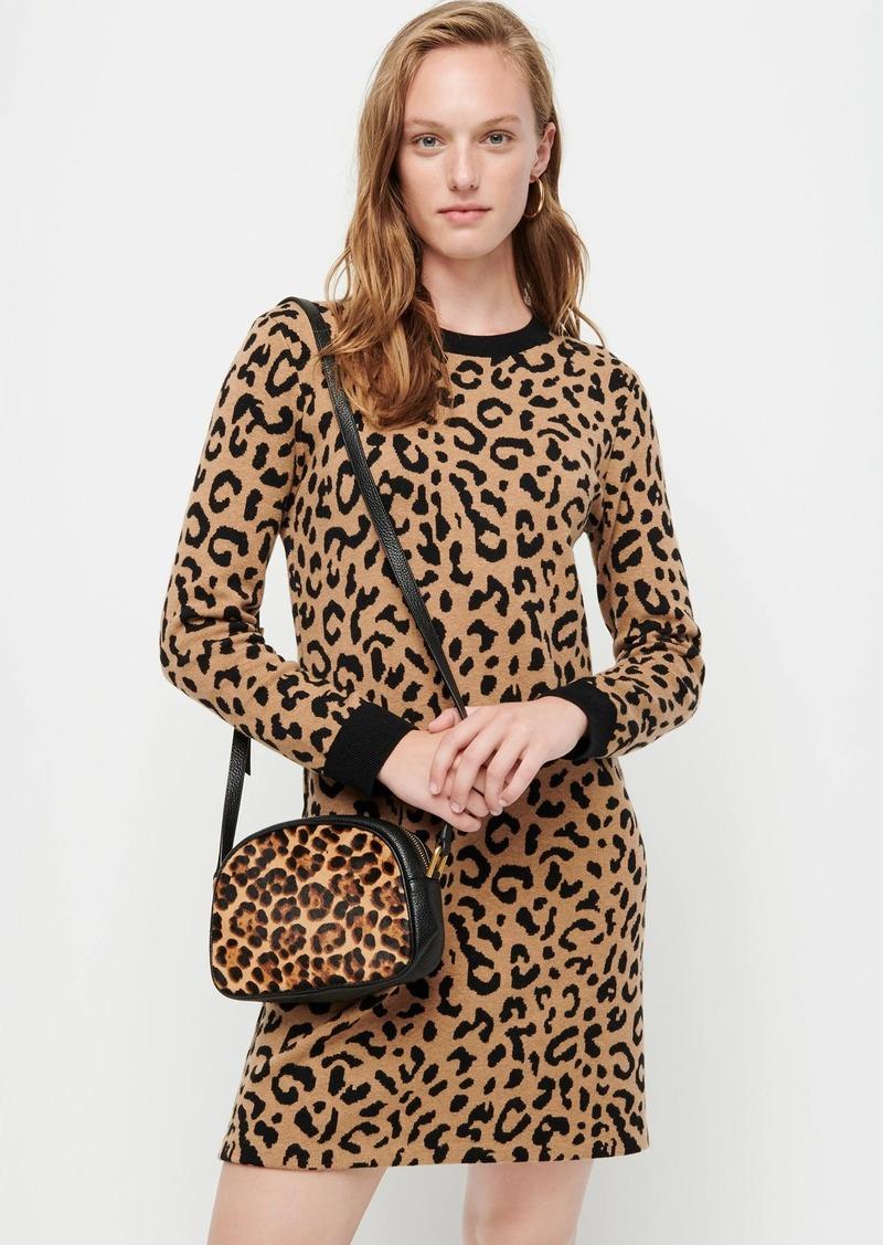 Long-sleeve mini sweater-dress in leopard