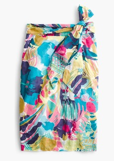 Tie-waist skirt in seaside floral