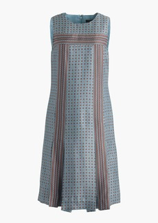 Sleeveless silk twill dress in foulard print