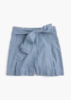 Tie-waist short in chambray