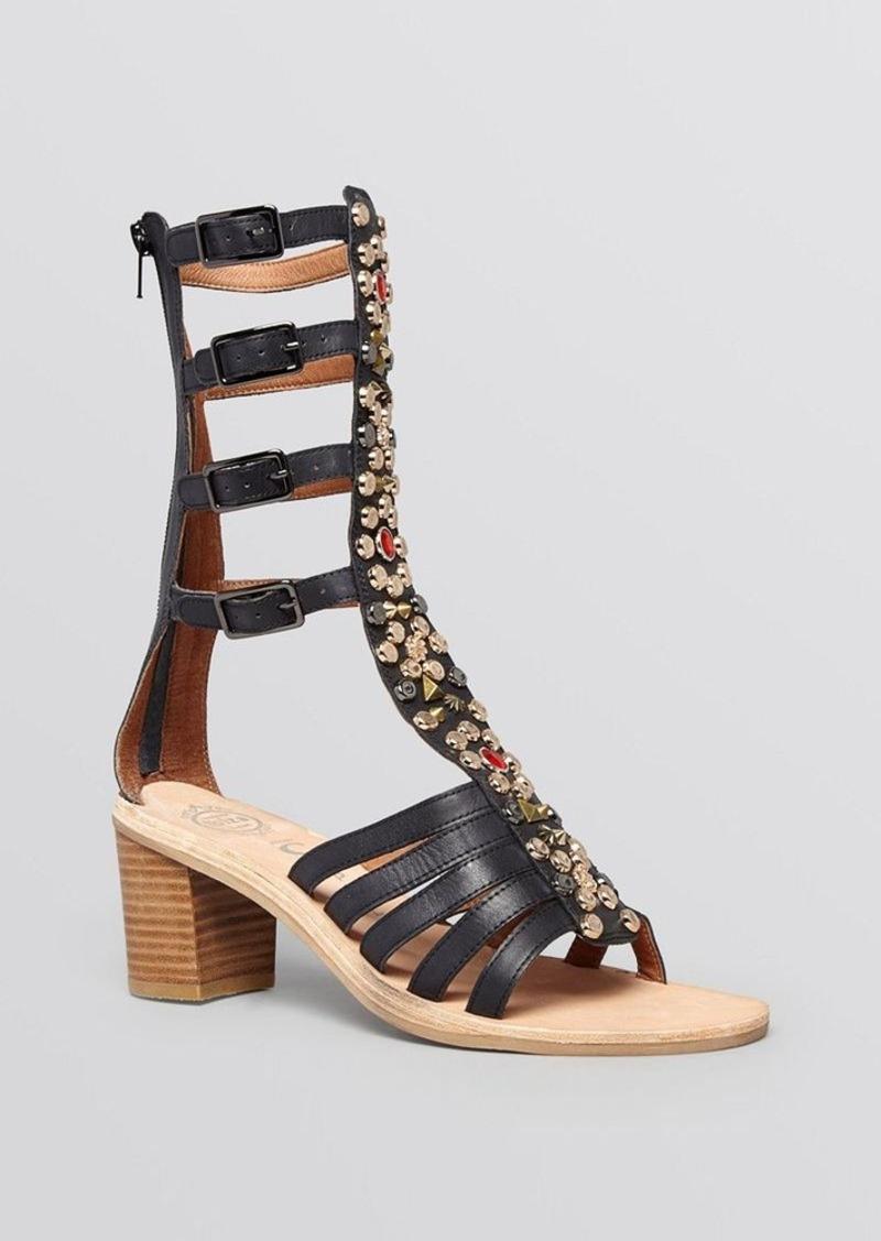 jeffrey campbell jeffrey campbell flat gladiator sandals klamath block heel shoes shop it. Black Bedroom Furniture Sets. Home Design Ideas