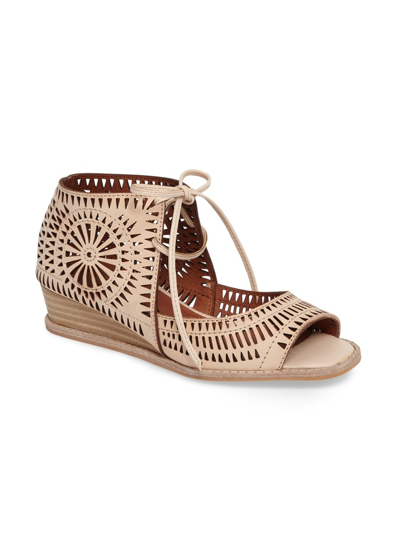 Jeffrey Campbell Jeffrey Campbell Rayos Perforated Wedge