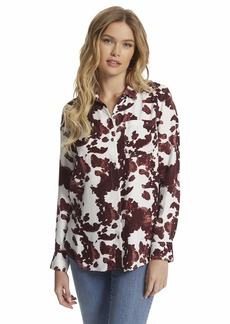 Jessica Simpson Women's Plus Size Petunia Button Up Front Shirt