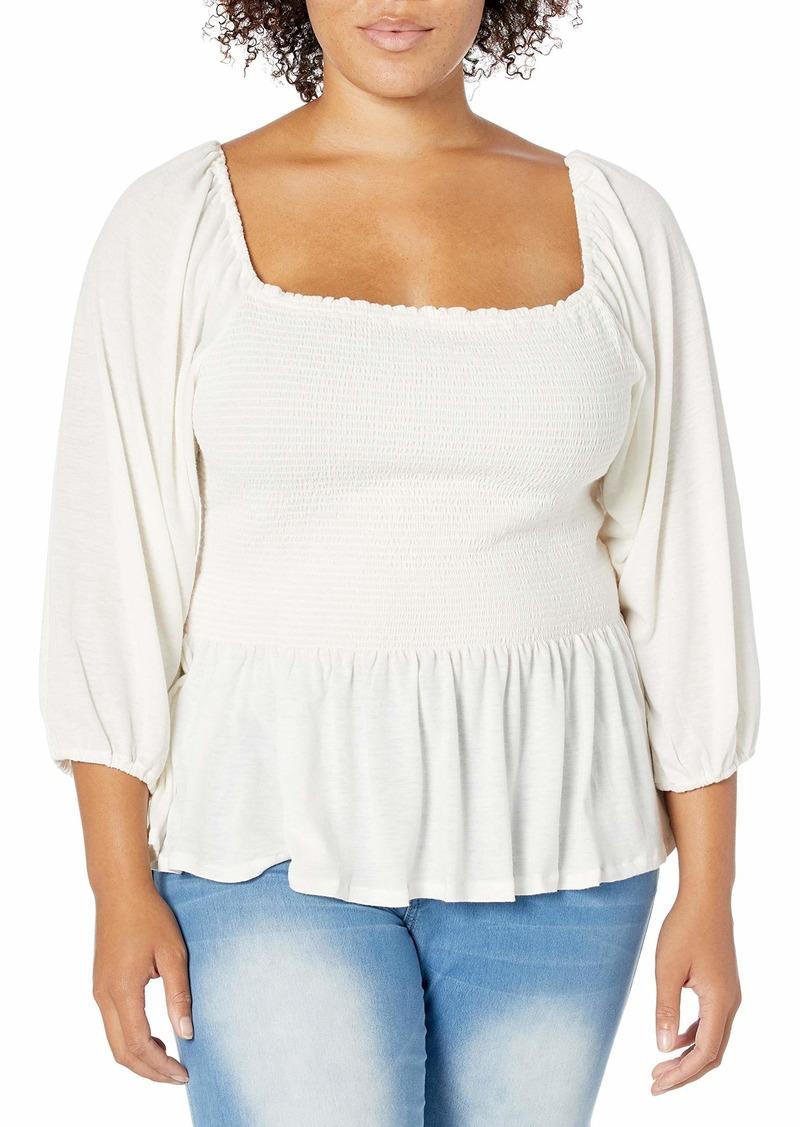 Jessica Simpson Women's Plus Size Sherrie Square Neck Smocked Top