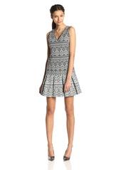 Jessica Simpson Women's Sleeveless Jacquard Printed Pleated Hem Dress Black/Ivory