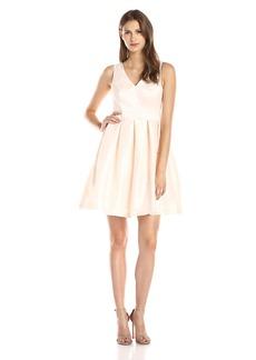 Jessica Simpson Women's Sleeveless V Neck Bow Back Dress