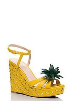dominica wedges