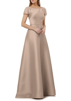 Kay Unger New York Kay Unger Embellished Sleeve Stretch Mikado Gown