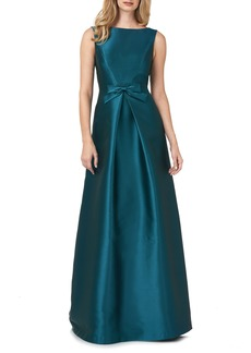 Kay Unger New York Women's Kay Unger Lola Bow Twill A-Line Gown