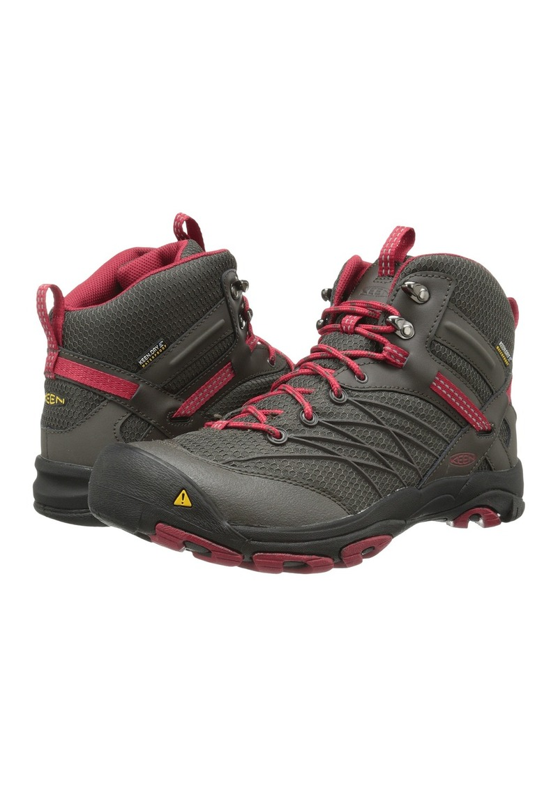 No need to let rain or damp ground keep you off the trail. With Keen's Men's Targhee II Mid Hikers groundbreaking tongueofangels.tk™ technology keeps water out, yet is breathable to let perspiration escape so feet stay dry and comfortable in any weather.