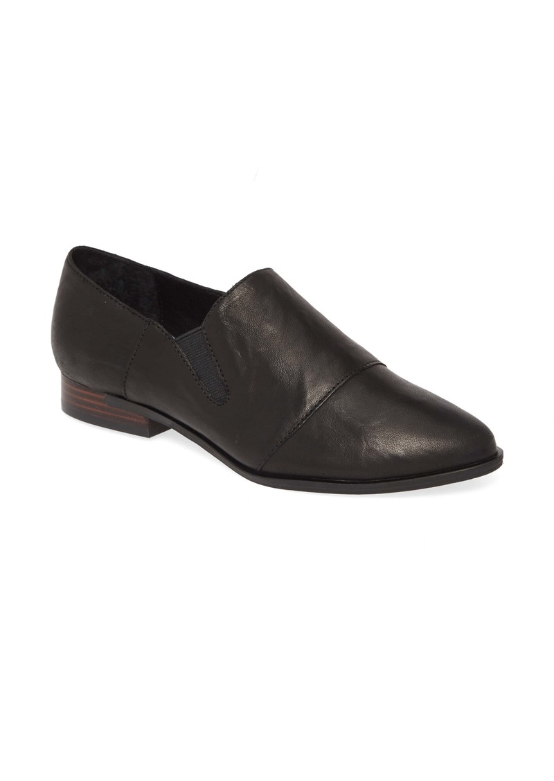 Kelsi Dagger Brooklyn Stone Flat (Women)