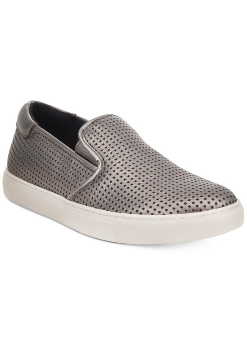 Excellent Shoe Lovers, Head To Midtown Manhattan  And The Appliqu&233 Heart Detail Gives This Classical Style A Whimsical Twist Buy It! Kenneth Cole Womens Kam Leather &amp Heart Appliqu&233 Low Top Lace Up Sneaker
