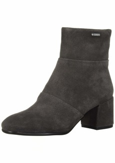Kenneth Cole New York Women's Eryc Goretex Square Toe Ankle Bootie Boot   M US