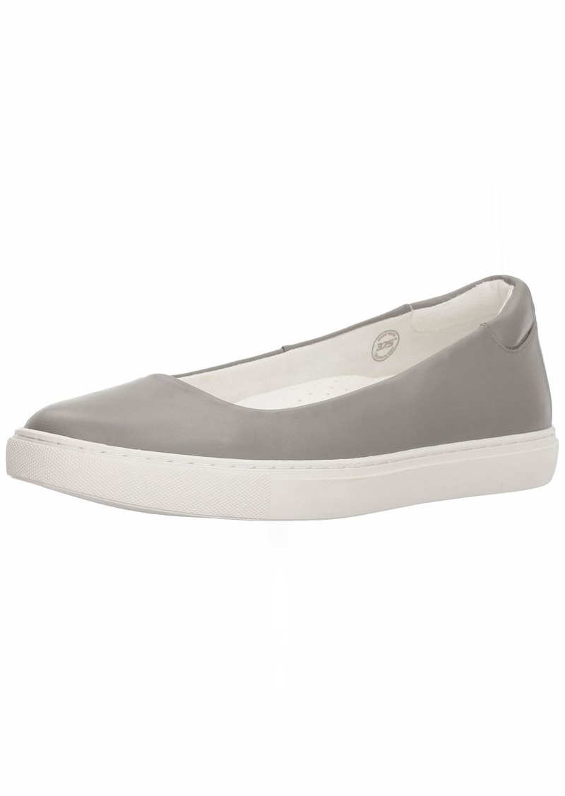 Kenneth Cole New York Women's Kassie Skimmer Slip On Ballet Flat Sneaker   M US
