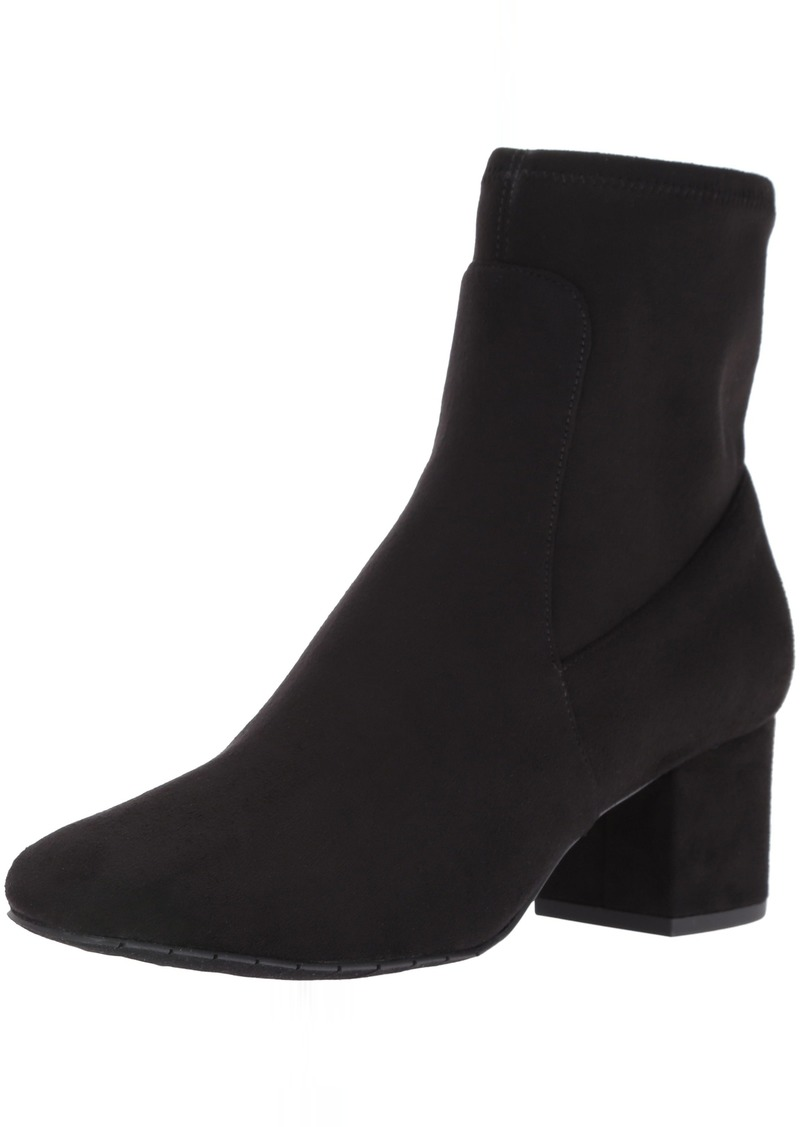 Kenneth Cole New York Women's Nikki Ankle Bootie  8 M US