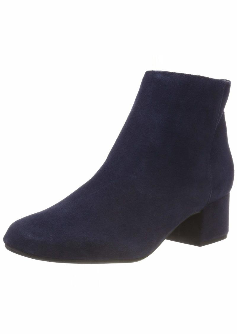 Kenneth Cole New York Women's Rylan Block Heel Ankle Bootie Boot   M US