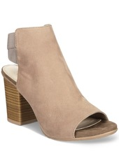 Kenneth Cole Reaction Frida Fly Sandals Women's Shoes