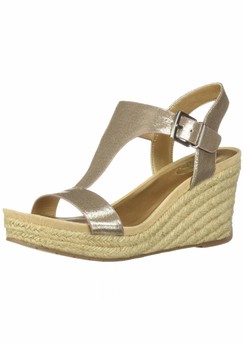 Kenneth Cole REACTION Women's Card Wedge T-Strap Espadrille Sandal   M US