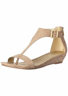 Kenneth Cole REACTION Women's Great Gal T-Strap Low Wedge Sandal café  M US