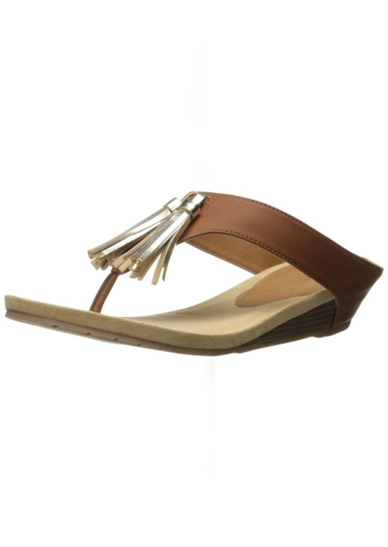 Kenneth Cole REACTION Women's Great Tassel Wedge Sandal
