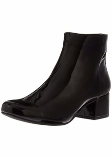 Kenneth Cole REACTION Women's Road Stop Block Heel Ankle Bootie Boot   M US